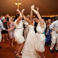How to Engage Your Wedding Guests?